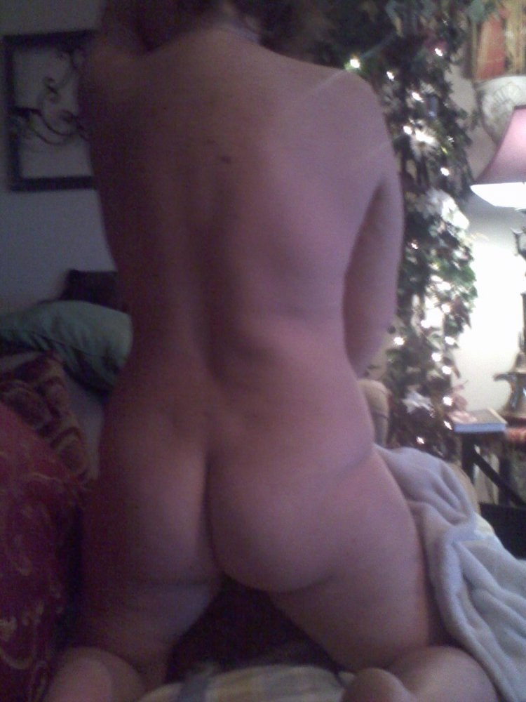 Naked amateur carolyn