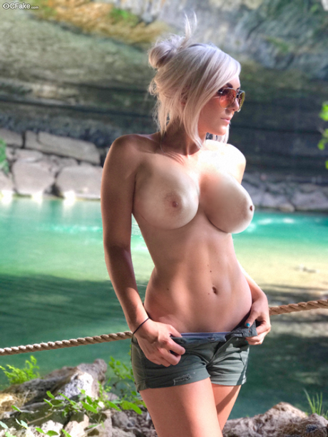 Sexy hermoinie cosplay naked