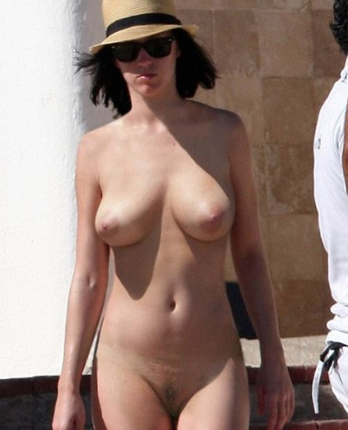 katy perry naked in public
