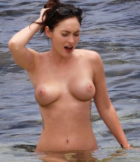 Paparazzi celebrity nude at beach