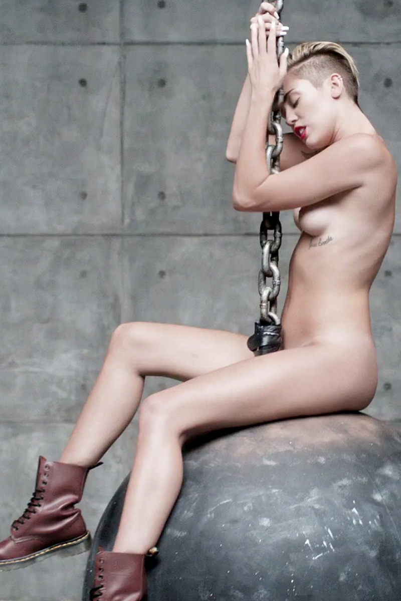 miley cyrus nude photos № 176476