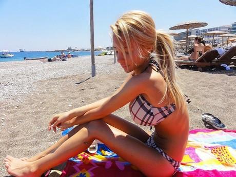 bikini Teen beach tits