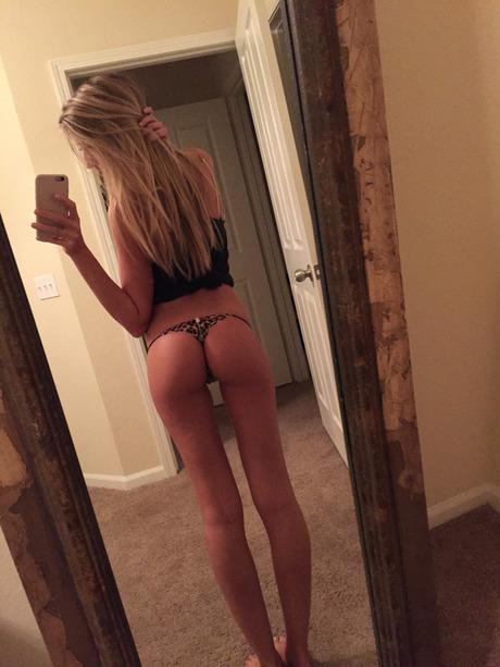 young ass sexy selfie