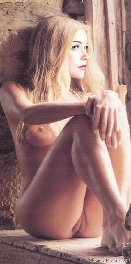 Christine applegate nude fur