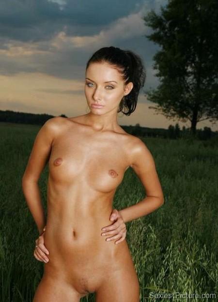Dannii minogue naked nude commit error