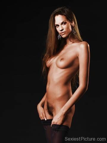 хилари суонк фото голая