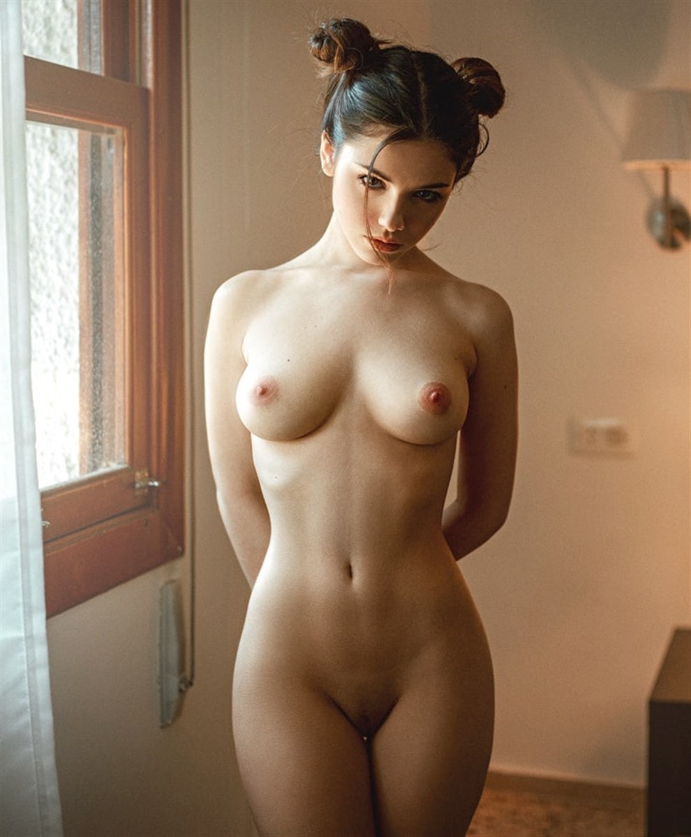 Topless girl pictures