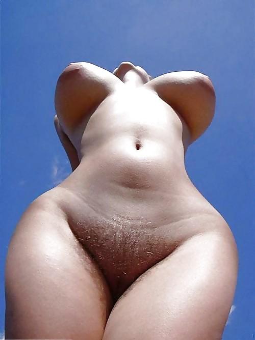 Голые бабы с жопой груши фото 36800 фотография