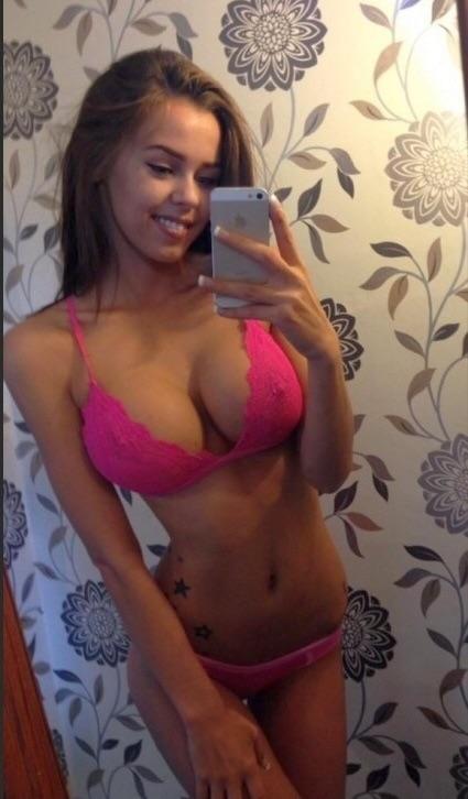 Anne hathaway nude vagina