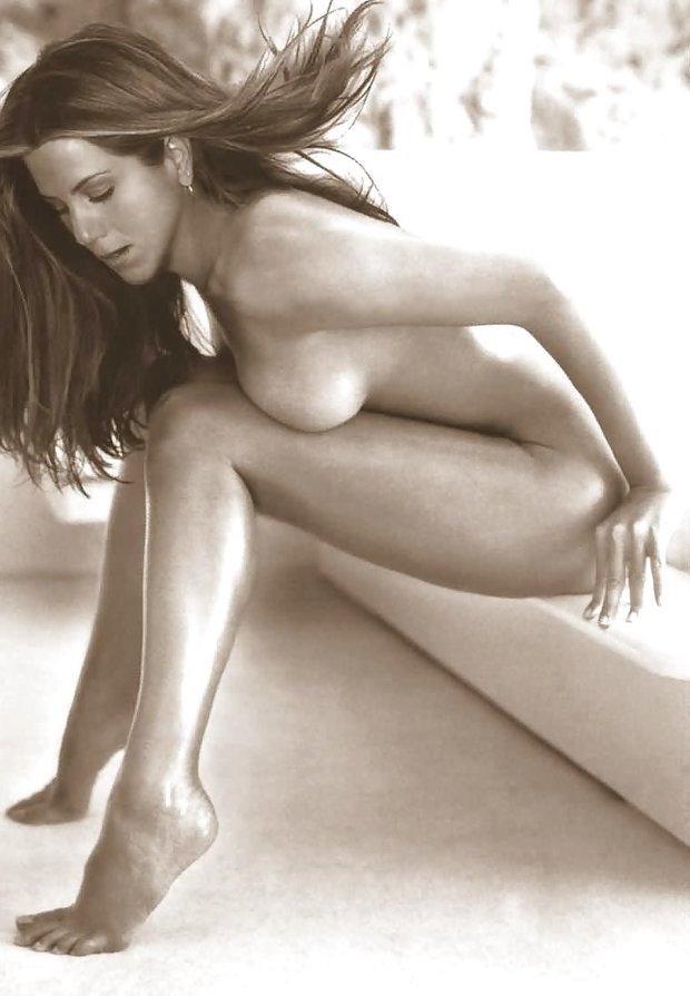 Jennifer aniston nude pics and naked pics compilation