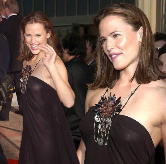 Jennifer Garner See Through Dress Boobs Big Tits Red -7160