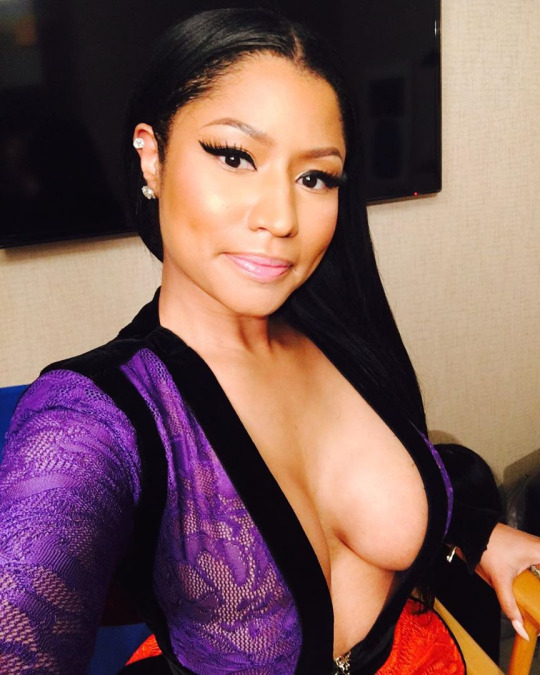 Nicki Minaj Big Tits  Celebrity Leaks Scandals Leaked Sextapes-2517