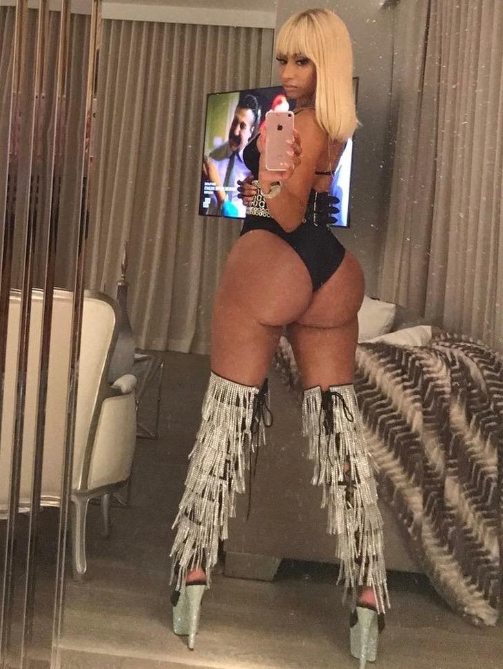 Nicki minaj ass nude