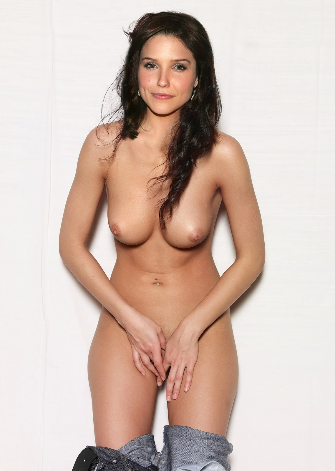Best naked pictures of actress
