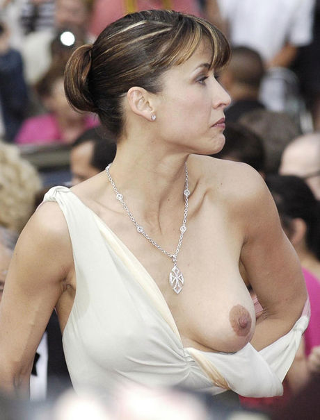 wardrobe malfunction movies naked