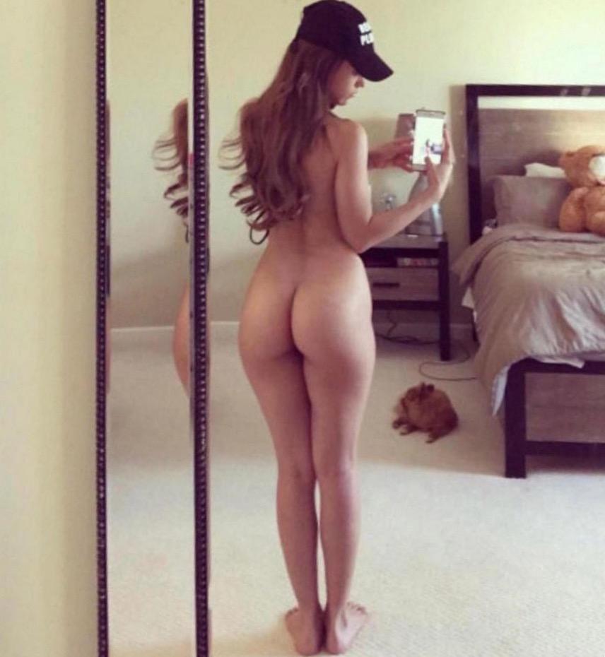 celebrity booty pics