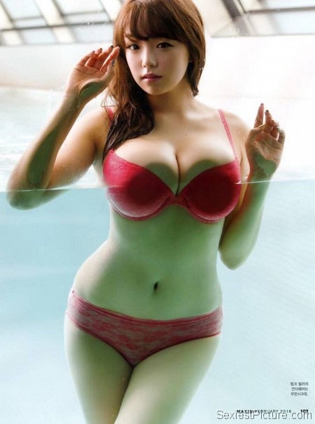 Ai Shinozaki nude and sexy pics