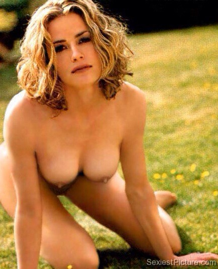 Pictures naked elizabeth shue