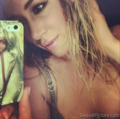 Haylie Duff sexy closeup selfie in just a bra