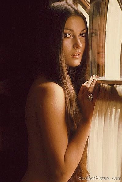 Jane Seymour nude naked topless