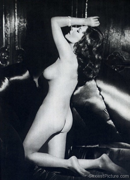 joan collins nude naked celebrity leaks scandals leaked