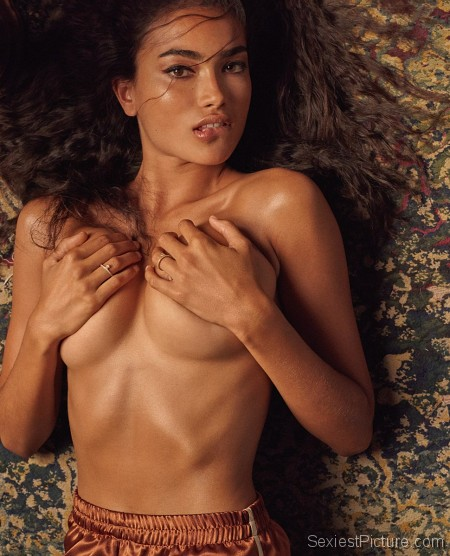 Kelly Gale nude and sexy pics