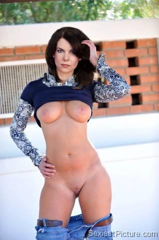 Nude beautiful girls fucking romantic