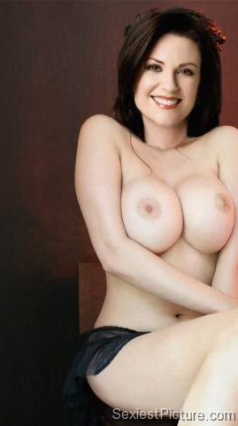 Megan Mullally Nude