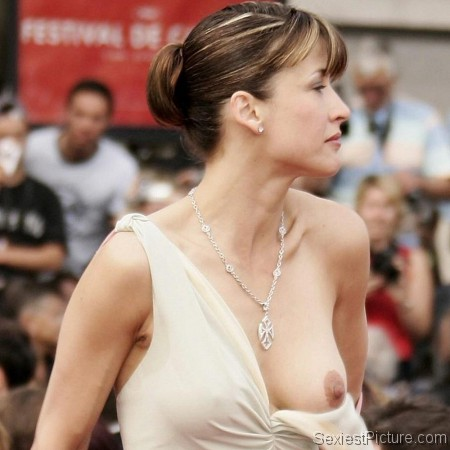 Sophie Marceau boob slip red carpet